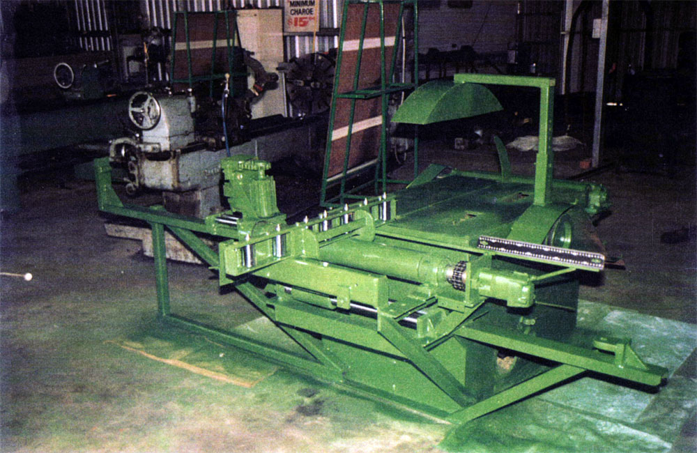 Saw bench Greand Timbers - Saw bench was designed and made for power take off drive by Collie Machine Shop to operate from a tractor and still remain portable as a mobile unit